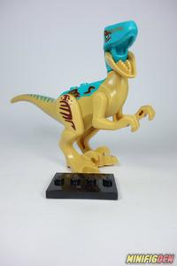 Velociraptor (Tan, Blue Head) - Animals - Dinosaurs